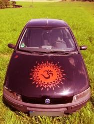 Om Sonne in rot als Wandtattoo oder Autoaufkleber bei Lichtelrben.com