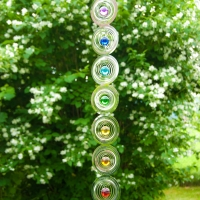 Chakra Windspiel 76cm Edelstahl mit Glaskugeln