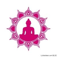 Wnadtattoo Buddha Sonne in Wandtattoofarbe pink passt farblich in die Radiant Orchid Farbstimmung 2014