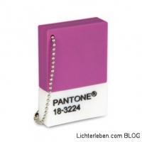 Und hier ist sie die Farbe der Firma Pantone Radiant Orchid