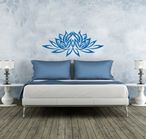 Blaue wandfarbe carrie