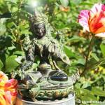 Grüne Tara im Garten bei Lichterleben