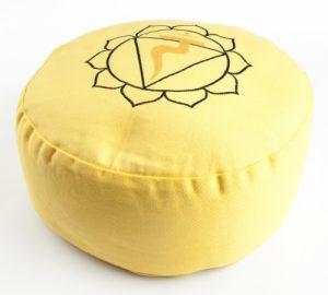 http://www.lichterleben.com/Chakra-Meditationskissen-aktiviere-deine-Chakren-in-der-Meditation