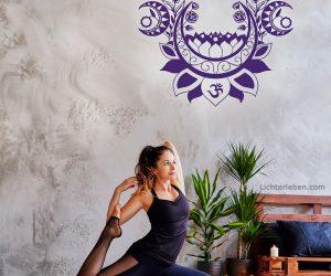 Wandtattoo Lila Moonlight Yoga