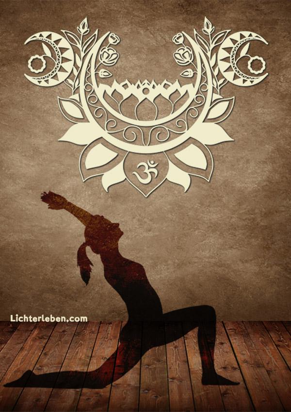 Wandtattoo Moonlight Yoga Design bei Lichterleben