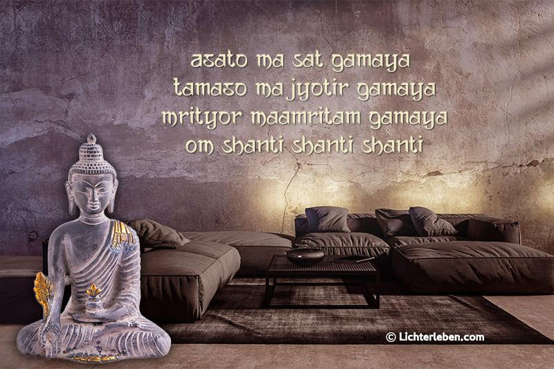 Wandtattoo Mantra Asato MA in Brave Ground bei uns die Wandtattoofarbe beige mit Medizin Buddha Statue von Lichterleben